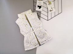 Стильный жилет для девочки (белый с золотым принтом), Boni 190
