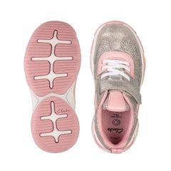 Кросівки для дівчинки від Clarks