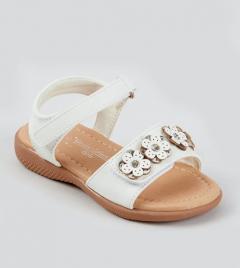 Красивые сандалии для девочки