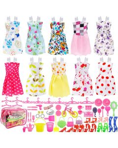 Набір одягу, взуття і аксесуарів (66 ел.) для ляльки Barbie