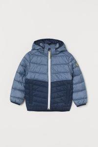 Демисезонна куртка з поліестеровою підкладкою від H&M