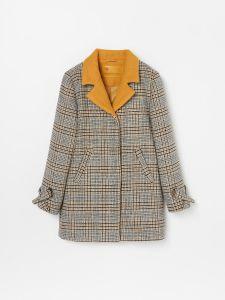 Брэндовое пальто для девочки